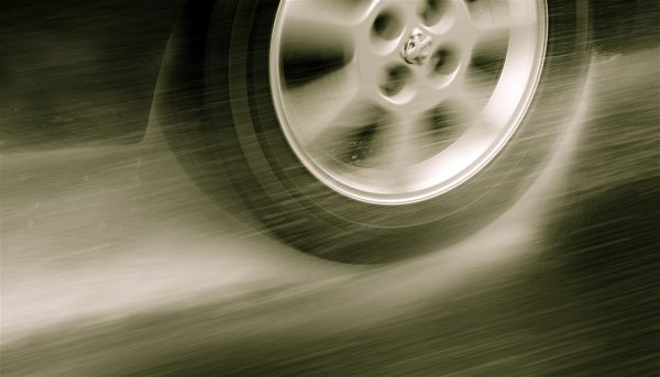 Speed and performance of SUV tyres