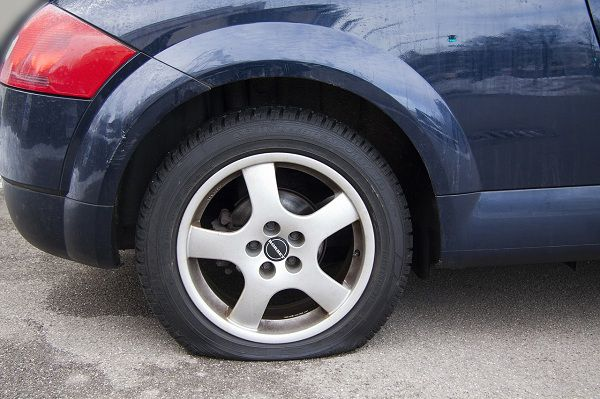 The Right Time to Replace Tyres – Assessing Tread Punctures