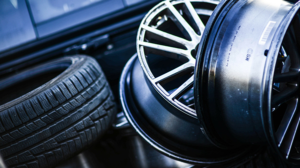 Change Your Car Tyres at the Right Time